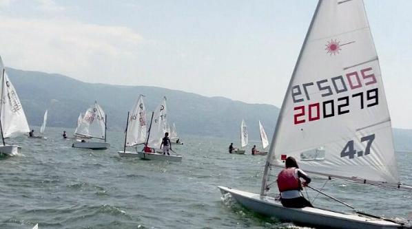 Karamürsel'de yelken yarışları