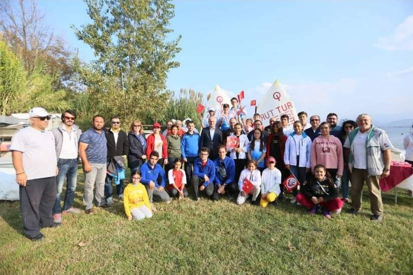 Yelkenler Cumhuriyet Kupası İçin Açıldı